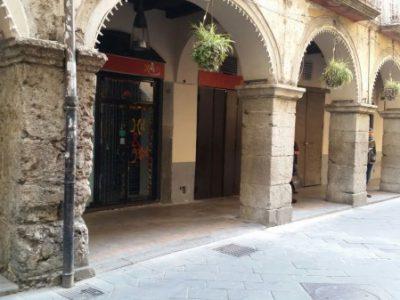 Affitto - Negozio in Affitto a Cava de' Tirreni