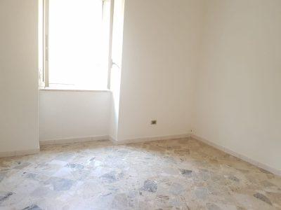Dupino , 85 mq , con terrazzino - 80.000 €